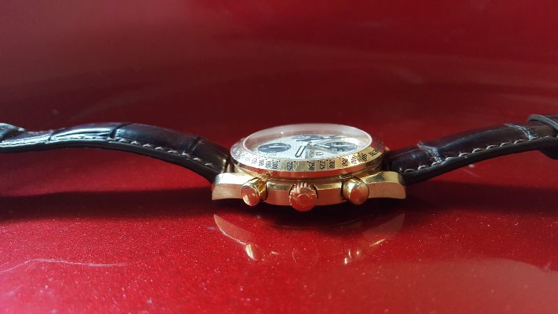 OMEGA Speedmaster Day Date 18k rose gold Automatic Chronograph8
