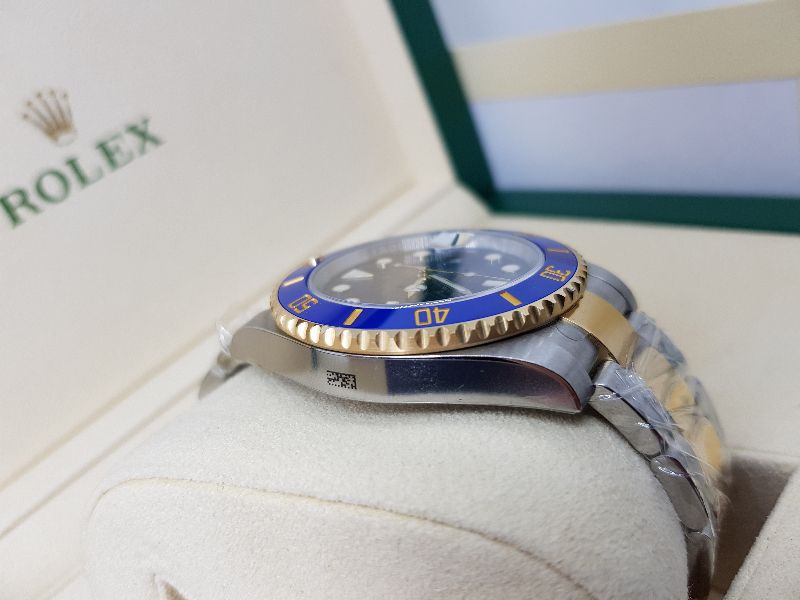 ROLEX OYSTER PERPETUAL SUBMARINER DATE 116613LB Fullbox2